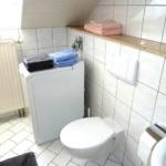 Fewo Baumgasse - Badezimmer mit Waschmaschine